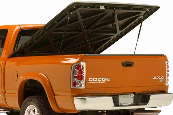 Can I drive with my tonneau cover up